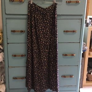 Vintage ❤️ button skirt